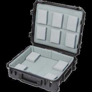 iSeries 2421-7 Estuche con revestimiento diseñado Think Tank